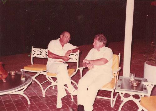 SLG con el Senador Kennedy 001